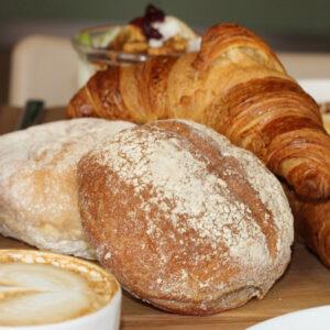Verras je dierbare met een ontbijt op bed en steun daarmee het Beatrix Kinderziekenhuis UMCG